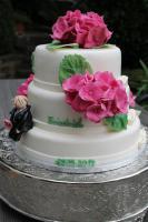 Foto 25 HAUSGEMACHT: Hochzeitstorten ganz individuell und geschmackvoll ! Nicht nur von außen !