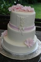 Foto 47 HAUSGEMACHT: Hochzeitstorten ganz individuell und geschmackvoll ! Nicht nur von außen !