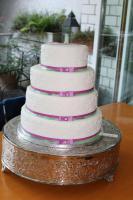 Foto 49 HAUSGEMACHT: Hochzeitstorten ganz individuell und geschmackvoll ! Nicht nur von außen !