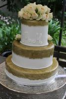 Foto 58 HAUSGEMACHT: Hochzeitstorten ganz individuell und geschmackvoll ! Nicht nur von außen !
