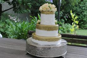 Foto 60 HAUSGEMACHT: Hochzeitstorten ganz individuell und geschmackvoll ! Nicht nur von außen !