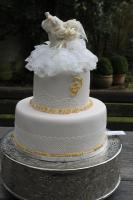 Foto 69 HAUSGEMACHT: Hochzeitstorten ganz individuell und geschmackvoll ! Nicht nur von außen !