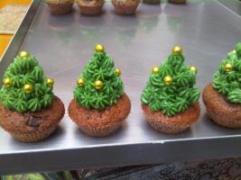 Foto 17 HAUSGEMACHT: Mini - Cupcakes, kleine süße , verführerische Leckereien...einfach passend zu jeder Gelegenheit !