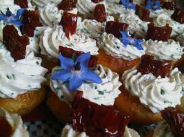 Foto 4 HAUSGEMACHT : Fingerfood, Amuse Gueule, Amuse -  Bouche, herzhafte Mini - Muffins mit Topping nach Wahl.......