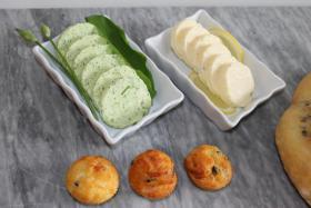 Bärlauchbutter und Zitronenbutter mit Minimuffins