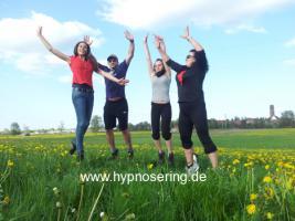 HYPNOSE-HILFE Therapeutisch angewandt, für kleine und große Probleme!