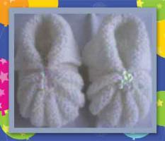 Handgestrickte Babyschuhe / Erstlingsschuhe / Krabbelschuhchen