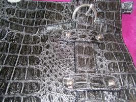 Handtasche neu ungebraucht silberschwarzmetallisch glänzend