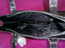Foto 3 Handtasche neu ungebraucht silberschwarzmetallisch glänzend
