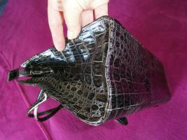 Foto 4 Handtasche neu ungebraucht silberschwarzmetallisch glänzend