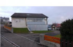 Haus mit 10 Zimmern zu verkaufen