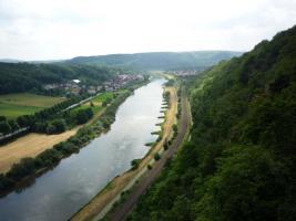 Foto 10 Haus Rasche * * * FEWO 2 mitten im Weserbergland