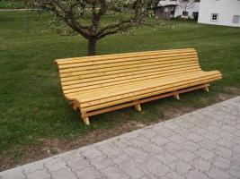 Foto 4 Hausbank  Gartenbank aus Fichtenholz fertig lasiert ca 2,0m