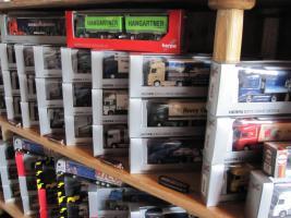 Foto 2 Herpa Truck Modelle