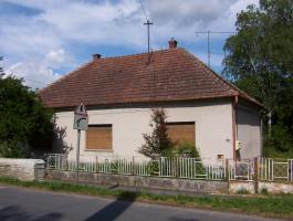 Foto 3 Herren Haus in Ungarn mit fast 9000qm Grund gegen App. oder Wohnung in Suedbayern oder Oberoesterreich