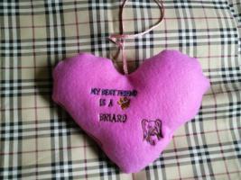 Herzchen Anhänger mit Bestickung nach Wunsch