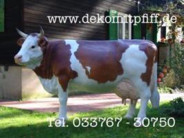 Hey haste noch keine Deko Kuh lebensgross vor deinen Firmensitzt als Blickfang für Deine Kunden...