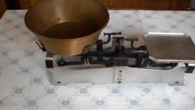 Historische Küchenwaage 5 Kg
