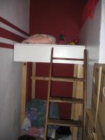 hochbett mit begehbarem kleiderschrank in wedemark hochbett etagenbett. Black Bedroom Furniture Sets. Home Design Ideas