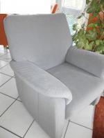 Hochwertiger Sessel - wie neu - angenehme Sitzhöhe: 45 cm