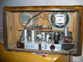 Foto 3 Höchstgebot ,00 € Graetz-Radio 160-Serie Spitzensuper 163 W(Tausche)  für den Sammler mit Wertsteigerung 980,00 EURO Altes Röhrenradio RARITÄT von Graetz Modell 1952 Spitzensuper 163 W
