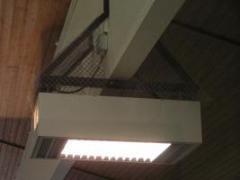 Hoffmeister-Hallenleuchten mit 2 x 400 Watt Metalldampflampen