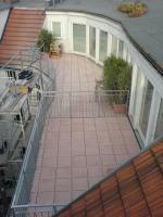 Foto 2 Holz- und Steinterrassen