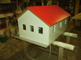 Foto 3 Holzspielzeug Nachbau von Garagen Hallen Häusern für Kinderspielzeug