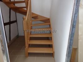 Foto 5 Holztreppe aus Polen, Trepe, Verkleidung von Betontreppe, Bolzentreppen, Treppengeländer