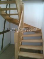 Foto 7 Holztreppe aus Polen, Trepe, Verkleidung von Betontreppe, Bolzentreppen, Treppengeländer