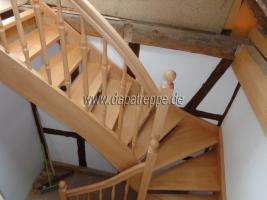 Foto 5 Holztreppen aus Polen, Treppe aus Holz, Verkleidung von Betontreppen, Treppengeländer