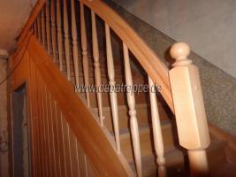 Foto 9 Holztreppen aus Polen, Treppe aus Holz, Verkleidung von Betontreppen, Treppengeländer
