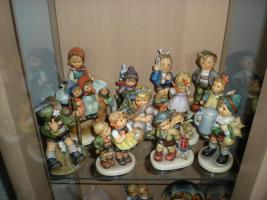 Foto 3 Hummelfigurensammlung Fa. Göbel