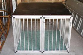 hundebox f rs auto in teutschenthal von privat. Black Bedroom Furniture Sets. Home Design Ideas