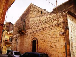 Foto 2 ITALIEN-SIZILIEN: ANTIKES GEBÄUDE IN SCICLI (RG) - UNWEIT STADTZENTRUM - ETWA 7 KM ZUM MEER -