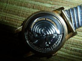 Foto 6 IWC Schaffhausen Herrenarmbanduhr Automatik Gold mit Datum Baujahr 1960