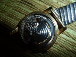 Foto 8 IWC Schaffhausen Herrenarmbanduhr Automatik Gold mit Datum Baujahr 1960
