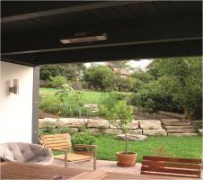 Auf der Terrasse zum Garten