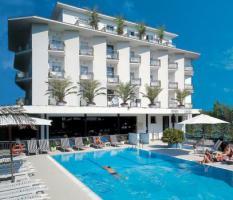Italien-Adriaküste-Cesenatico-FamilienHotel-Ferienwohnung-Apartment-Zimmer-Meer-kinderfreundlich-