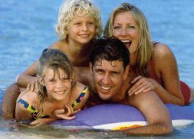Foto 3 Italien-Adriaküste-Cesenatico-FamilienHotel-Ferienwohnung-Apartment-Zimmer-Meer-kinderfreundlich-