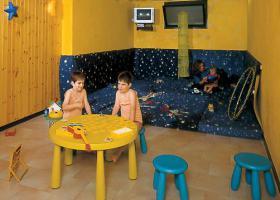 Foto 12 Italien-Adriaküste-Cesenatico-FamilienHotel-Ferienwohnung-Apartment-Zimmer-Meer-kinderfreundlich-