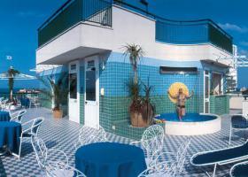 Foto 15 Italien-Adriaküste-Cesenatico-FamilienHotel-Ferienwohnung-Apartment-Zimmer-Meer-kinderfreundlich-