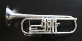 Foto 2 J. Scherzer Profiklasse Konzert -Trompete in B, Kölner Modell 8218 W versilbert