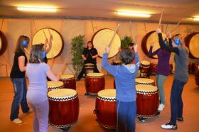 Foto 2 Japanisches Trommeln für Kinder und Jugendliche