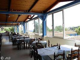 Die Terrasse des Restaurants des Eden Rock Hotels