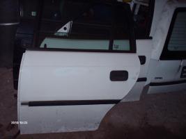 Foto 2 Karosserieteile Opel Astra F Caravan