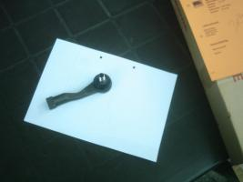 Foto 2 Kia Sedona Spurstangenkopf