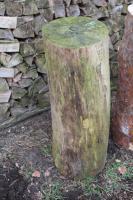Kiefern-Hackklotz für Brennholz klein machen, 30cm Schlagfläche