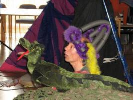 Foto 4 Kindertheater ''Der Weihnachtsdrache ist los''