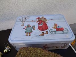 Foto 8 Kiste Weihnachtsdekoration + 1 Krippe mit Figuren + 1 Spieluhr u.v.m